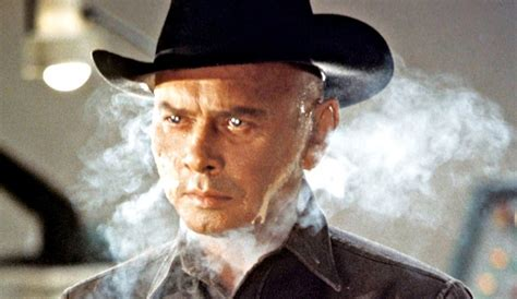 rekomendasi film west series revisit the original westworld to get ready for the hbo