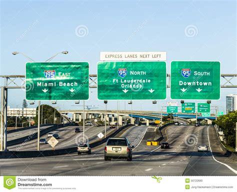 imagenes del aeropuerto de miami florida conducci 243 n de la carretera de miami del este de la