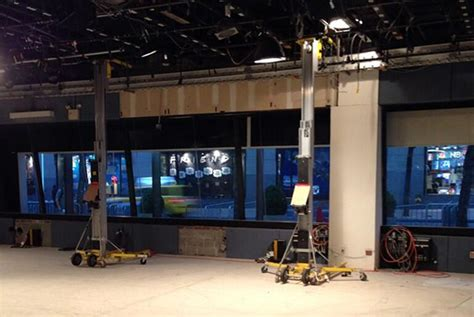 today show set today readies new set newscaststudio