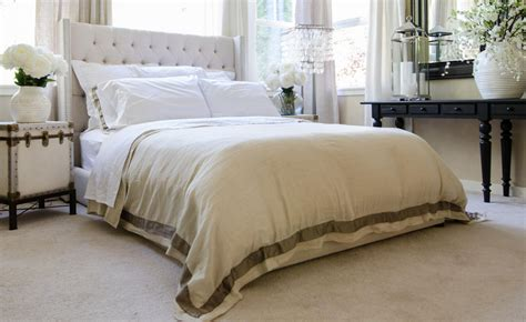 fabric tufted wing platform style bed club furniture
