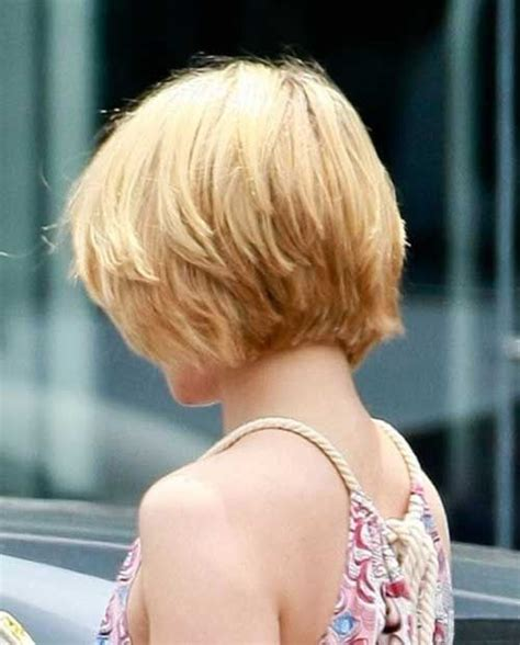 woman inverted layered bob wedged into neck for thick hair in 40s short bob hairstyles 20 bob short hair styles 2013