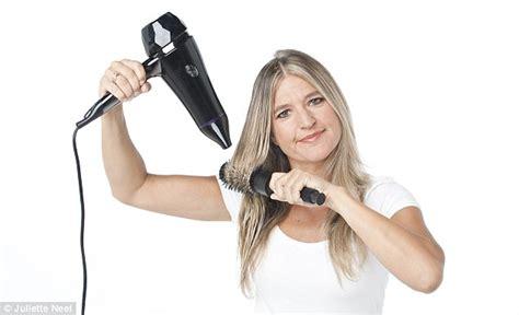 Can I Use Hair Dryer Everyday cmのようなツヤツヤ髪になれる 超簡単なヘアケア方法 ママズアップ