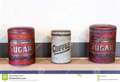 kã che kaffee zucker kanister drei blechdosen kaffee und zucker lizenzfreie stockbilder
