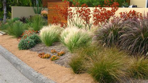 gartengestaltung vorgarten mit kies gestalten gartengestaltung mit kies ideen mit naturstein und gr 228 sern