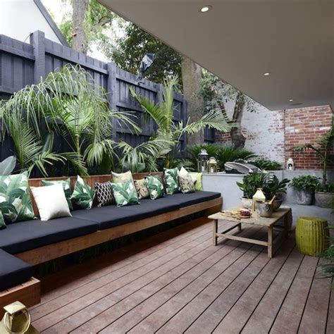 Eclectic Garden Decor by 30 Awesome Eclectic Outdoor Design Ideas