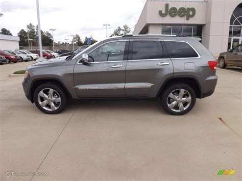 jeep cherokee gray 2011 jeep grand cherokee overland suv sell my car sell