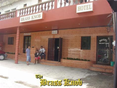 brass knob hotel and restaurant angeles city
