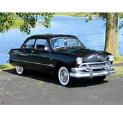 Ford Custom Deluxe Tudor Sedan 70B 1951 Pictures 1280x960