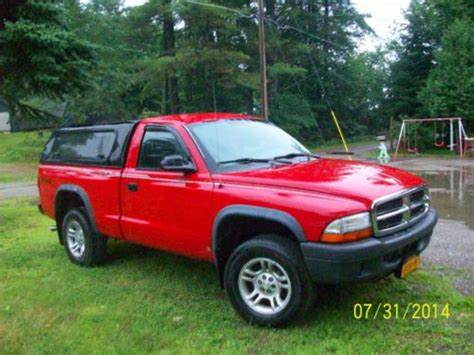 dodge dakota 2 door buy used 2004 dodge dakota sxt standard cab 2 door
