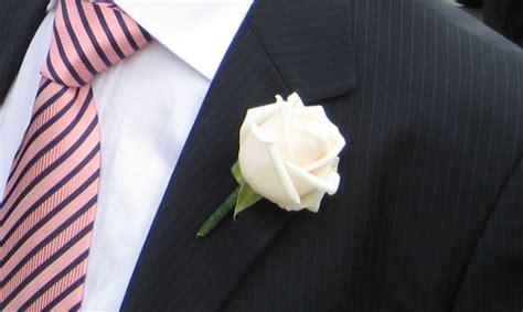 fiore occhiello sposo boutonni 232 re o fiore all 180 occhiello che dir si voglia un