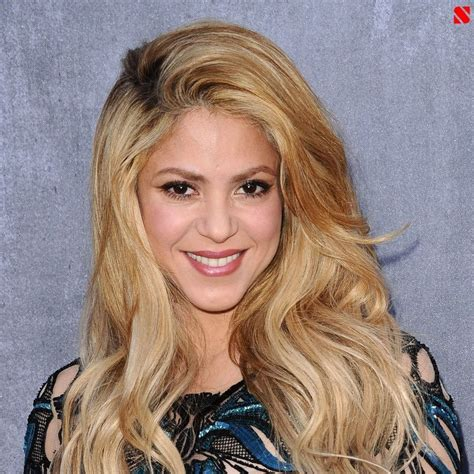 biography shakira shakira isabel mebarak ripoll biography