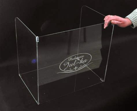 lade plexiglass nadstawka z plexi na ladę sklepową do osłony pieczywa w
