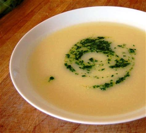 le classique potage au chou fleur une soupe subtile