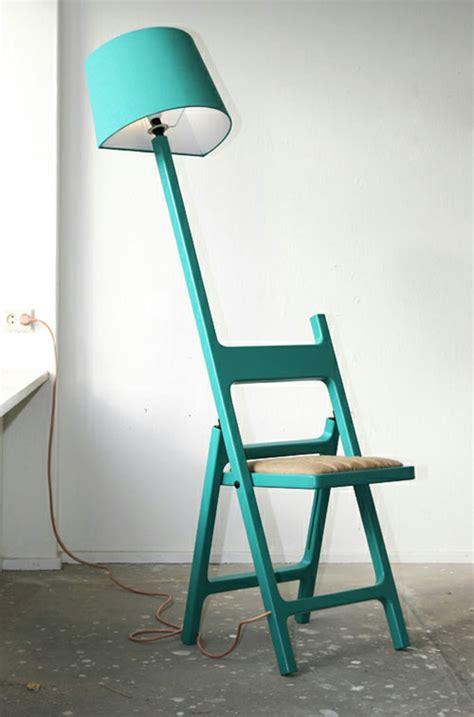 stuhl an der wand designer le und stuhl in einem kombiniert idee