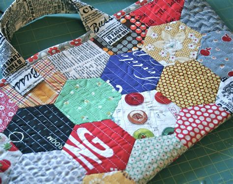Free Patchwork Patterns For Bags - free tutorial patchwork hexagon bag by tamiko