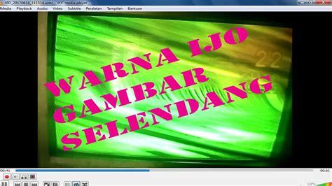 Tv Warna kerusakan tv bomba warna hijau dan gambar terlipat selendang tidak tenang
