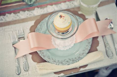 place setting ideas cupcake place setting bridal shower ideas the sweetest