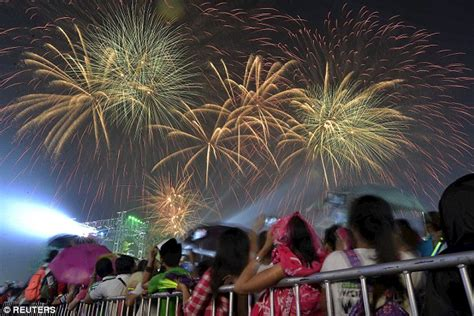 5 new year philippines philippines new year s chaos as locals use