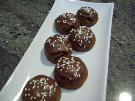 italian chocolate spice cookies cinnamon cloves allspice and chocolate chips my sweet treats