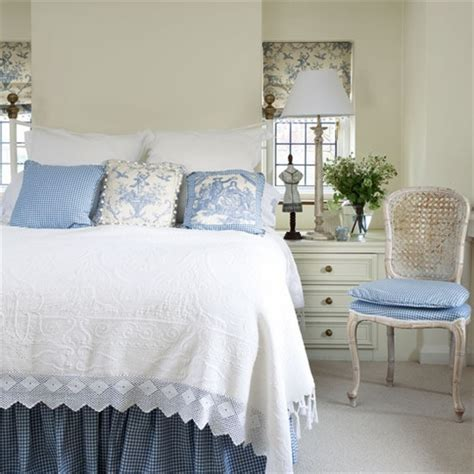 country cottage bedroom lee caroline a world of inspiration a reflection of