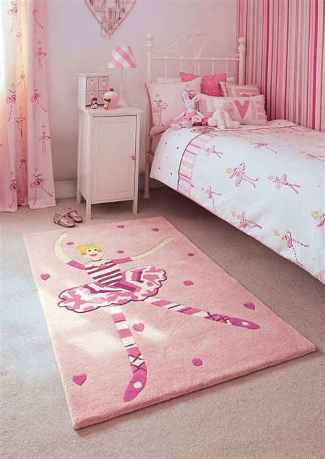 pink rug for room 65 best meisjeskamer roze pink s room images on