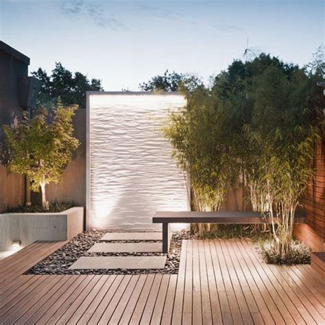 garden captivating outdoor water walls design ideas