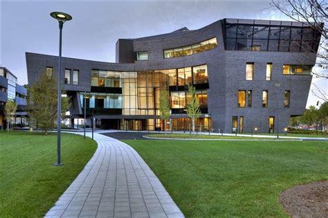 yale school of health top 30 cutting edge nursing schools