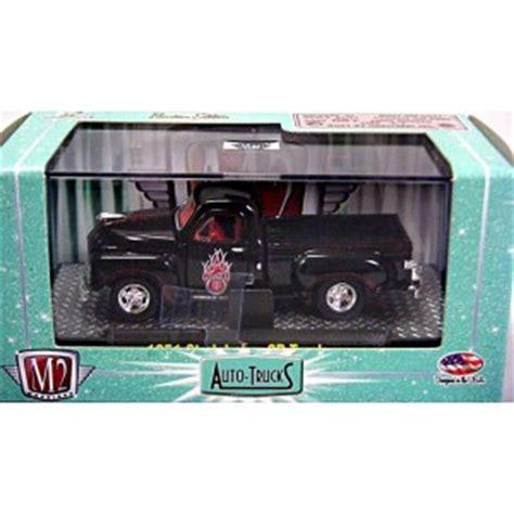 m2 machines 1951 studebaker 2r truck hitam m2 machines auto thentics 1951 studebaker 2r truck