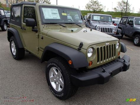 commando green jeep 2013 jeep wrangler sport s 4x4 in commando green photo 4