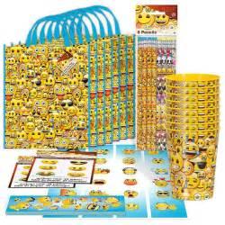 Crafts For Baby Shower Guests - emoji party supplies emoji standard favor packs favors