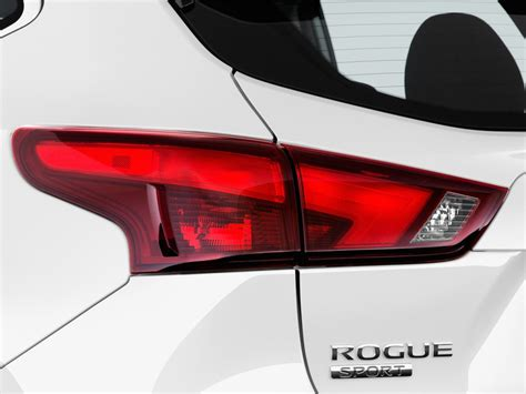 nissan rogue awd light stays on image 2017 nissan rogue sport awd s tail light size