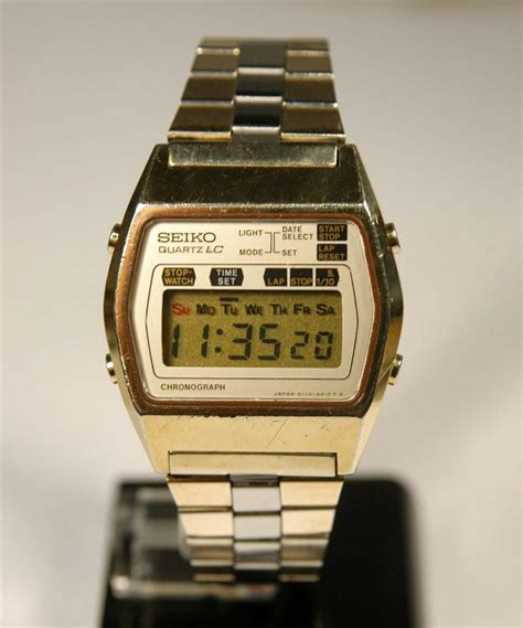 vintage seiko cronograph lcd digital model a128