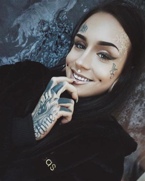 tattoo model rox instagram 17 best ideas about tattooed models on pinterest black