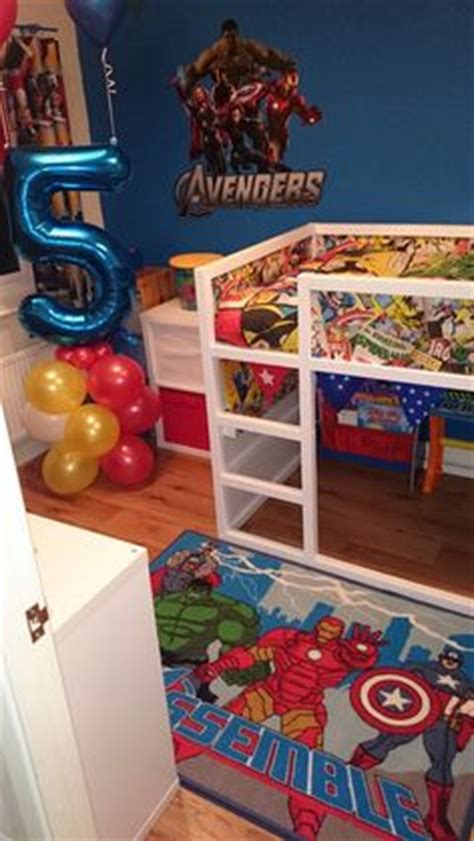 marvel heroes bedroom ideas 1000 ideas about marvel bedroom on pinterest superhero room bedroom signs and bedrooms