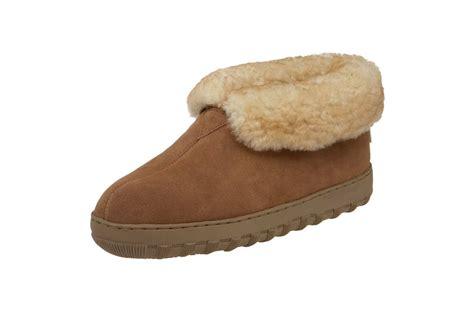 best sheepskin slippers best men s slippers on sheepskin flannel leather