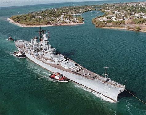 biggest battleships in the world warship largest american battleships iowa class gallery