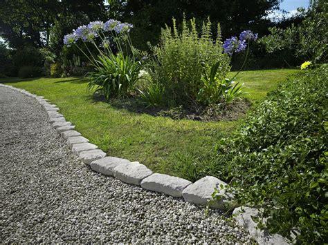 bordure de jardin en construire facilement une bordure de jardin monjardin materrasse