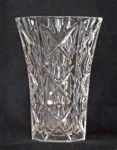 Pinwheel Crystal Vase Glen Titmus Sales Small Antiques And Collectables