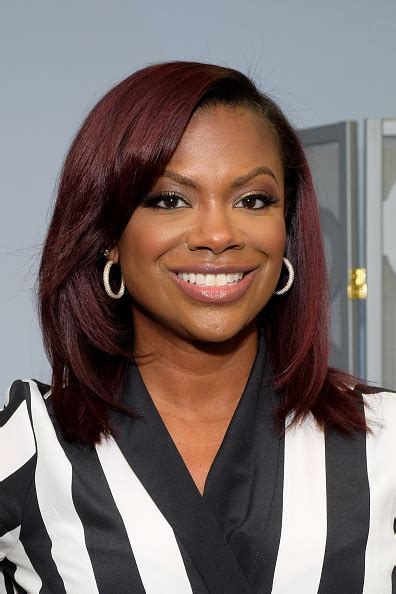 kandi burruss hair line kandi burruss wows at extra appearance