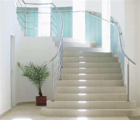 Fensterbänke Außen Alu Preise by Treppe Design Fliesen
