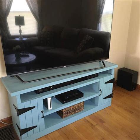 diy wood pallet entertainment center pallet furniture plans