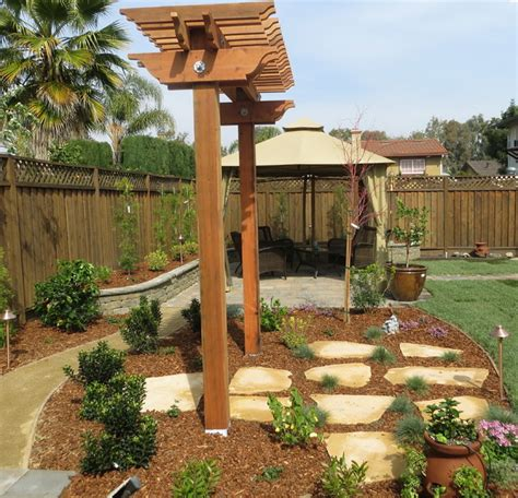 Garden Arbor Houzz T Arbors And Trellis Traditional Landscape Other