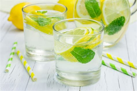 Flu Detox Water by 2 Cold Water Detox Recipes For Weight Loss Wellness