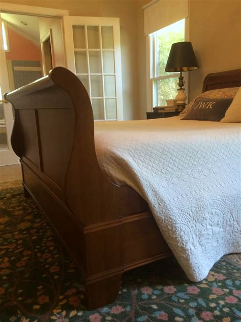 thomasville bedroom set king size chest on chest dress thomasville sleigh bed astonishing thomasville sofas