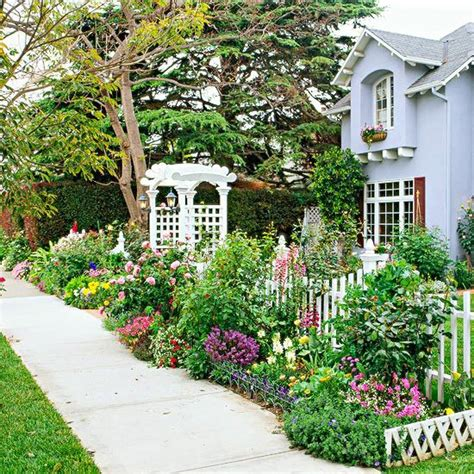 Sidewalk Garden Ideas Front Yard Sidewalk Garden Ideas Gardens Picket Fences And Front Yards