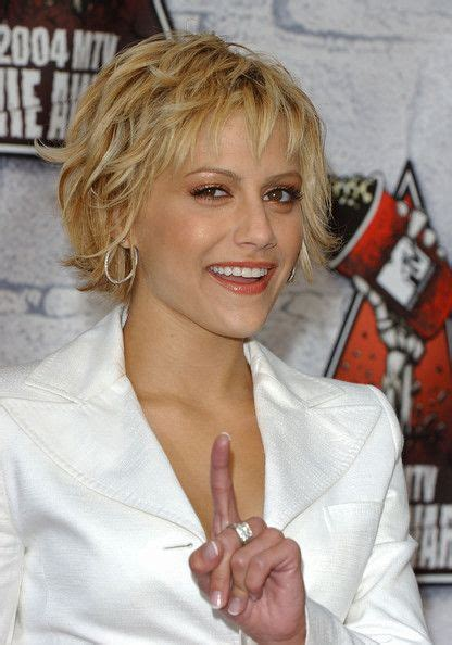brittany murphy with blonde hair brittany murphy photos photos mtv movie awards 2004
