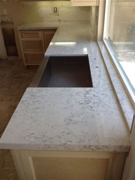 Helix Quartz Countertops by Silestone Helix Looks Like Marble Completed Kitchen