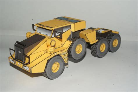Origami Tractor - kfm 600 heavy duty tractor free vehicle paper model