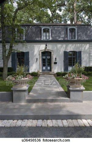 25 best mansard roof ideas on pinterest country home best 25 french exterior ideas on pinterest french