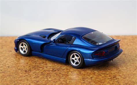modifikasi warna motor sport gambar mobil sport warna biru terbaru sobat modifikasi